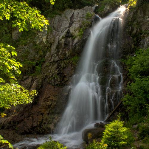 Cascada Vârciorog - obiectiv turistic Arieșeni ușor accesibil și pentru cei mici